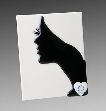 Silhouette of a Woman, jackie steimke, 12x12x1 glass $200